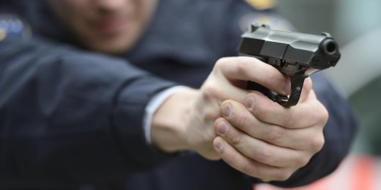 Verdachte overleden na schoten door politie
