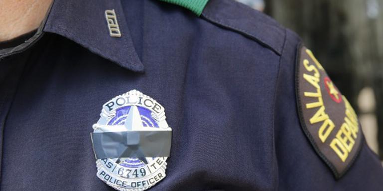 'Agenten vormden menselijk schild in Dallas'