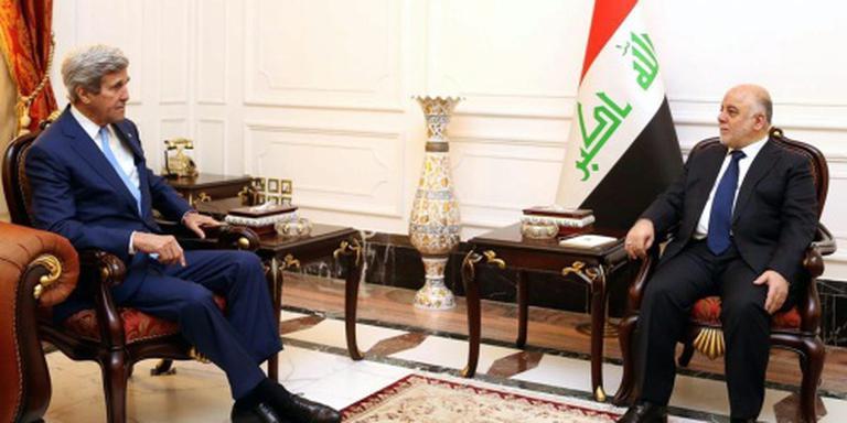 Kerry bezoekt onaangekondigd in Afghanistan
