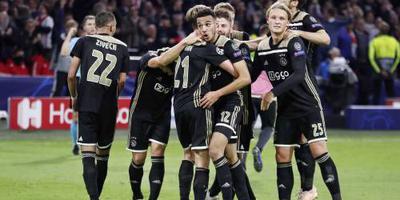 Ajax verslaat Benfica: 1-0