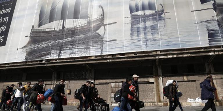 Griekse politie pakt relschoppende migranten