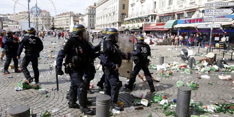Frankrijk zet Russische hooligans uit