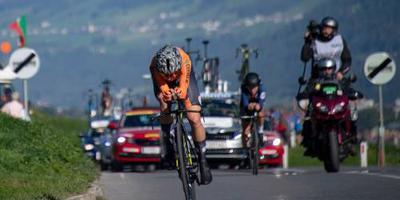 Van Vleuten dankt wielerbond na wereldtitel
