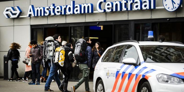 Amsterdam CS even ontruimd na brand