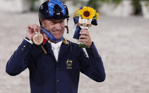 Springruiter Hoy (62) oudste medaillewinnaar OS sinds 1968
