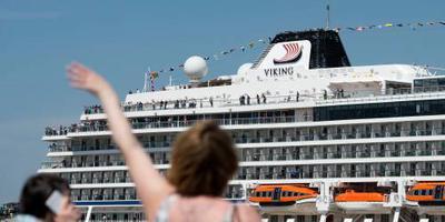 Cruiseschip in nood voor kust Noorwegen