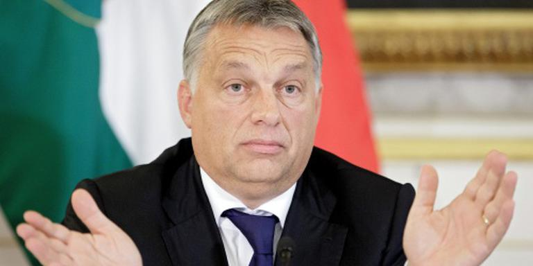 Hongaarse premier wil hek op de Balkan