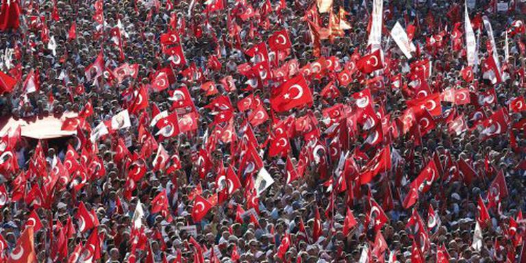 Turkse politie valt binnen bij wetenschappers