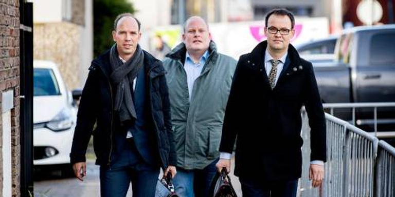 'Rechtbank moet Holleeder vrijspreken''