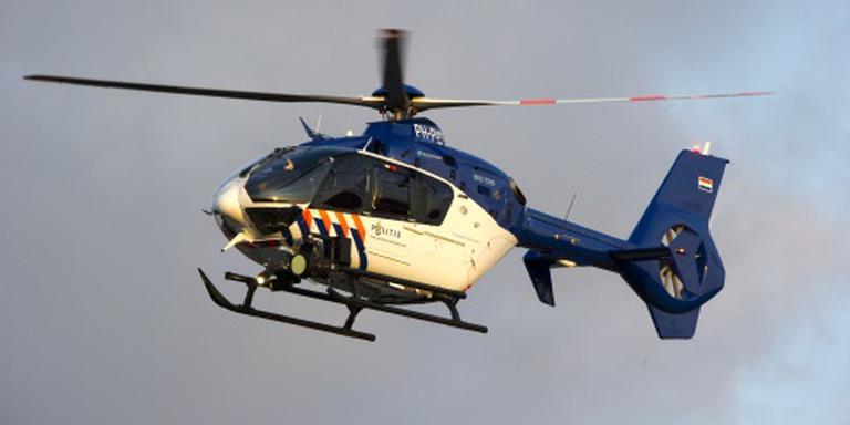 De politie zocht met een helikopter