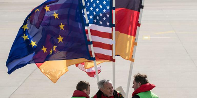 'Obama wil meer Duitse inbreng in NAVO'