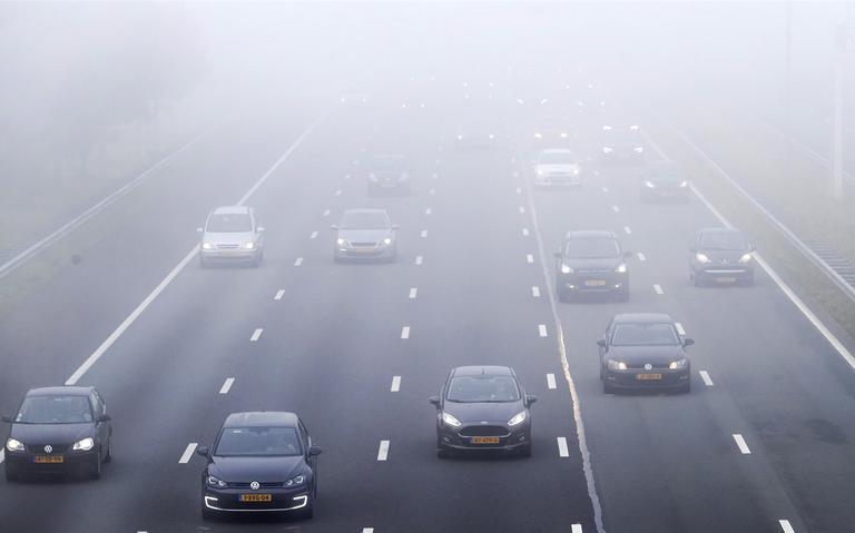 KNMI waarschuwt voor dichte mist: code geel in Drenthe en Groningen