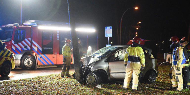 Bestuurder bekneld bij ongeluk in Winschoten.