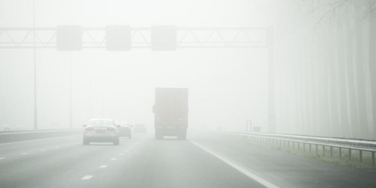 Code geel in groot deel land door dichte mist