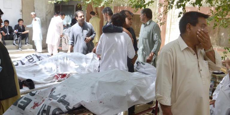 Dodenaantal aanslag Pakistan loopt verder op