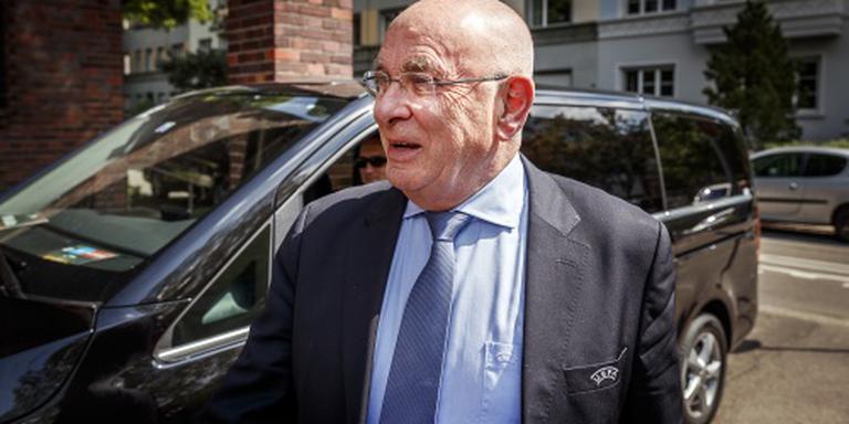 Van Praag wil Platini opvolgen