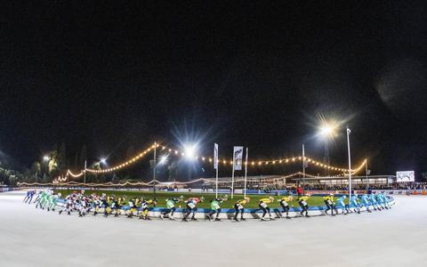 Hertog en Schouten winnen eerste schaatsmarathon na 602 dagen