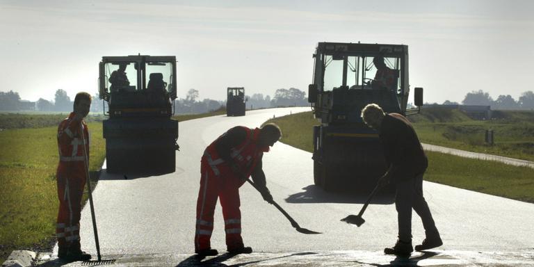 Drenthe steekt 5 miljoen in werk aan wegen en paden