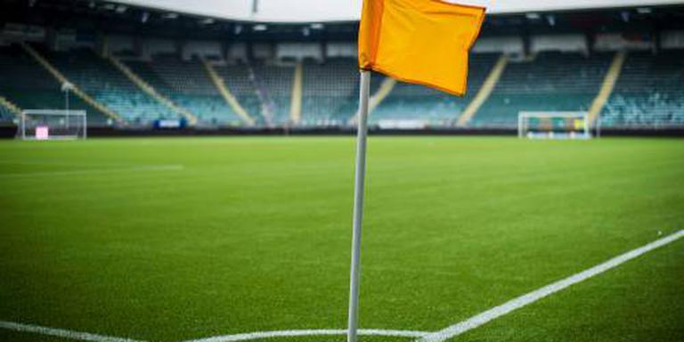 Feyenoord in blessuretijd naar negende zege