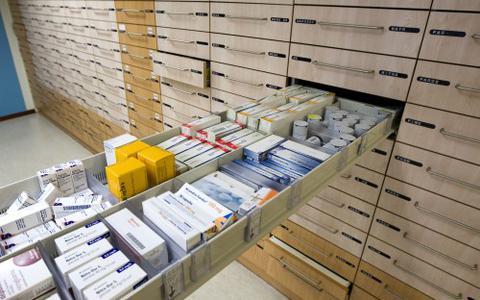 Huisarts Annen heeft apothekersvergunning terug