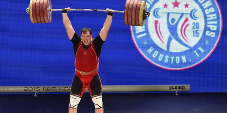 Gewichtheffer Lovtsjev mist Spelen