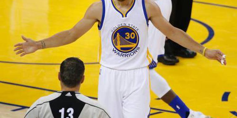 Warriors onderuit op openingsdag NBA
