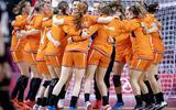 Handbalsters winnen in Tokio ook derde groepswedstrijd.