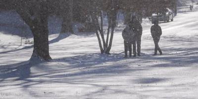 Chaos na sneeuwstorm in zuidoosten VS