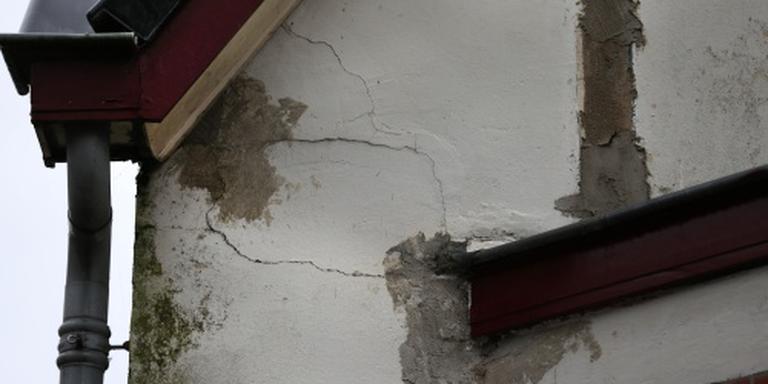 Huiseigenaren in een deel van het aardbevingsgebied kunnen zich melden voor een nieuwe opkoopregeling. FOTO ANP