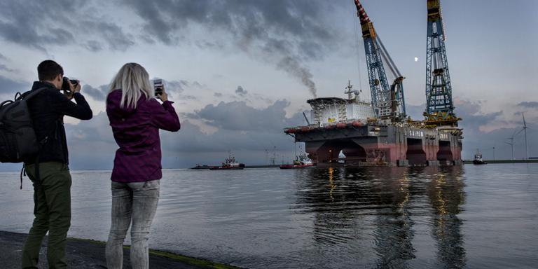 Rondvaartboot in Eemshaven