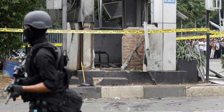 Drie arrestaties na aanslagen in Jakarta