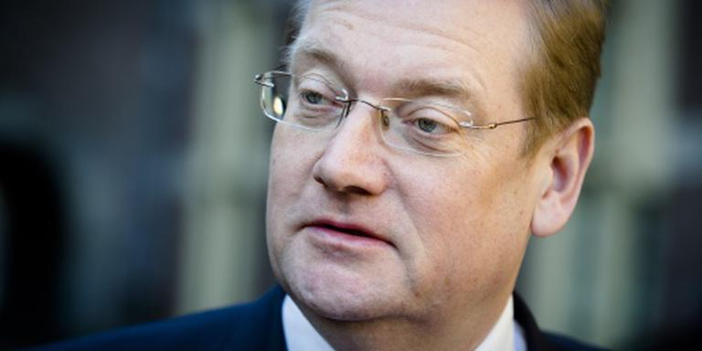 Ook Van der Steur weet niks over jihadisten