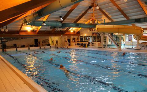 Zwemschoolhouder waarschuwt voor kinderen die verdrinken. Zwemlessen in Drenthe en Groningen moeten snel worden hervat. 'Het gaat fout'