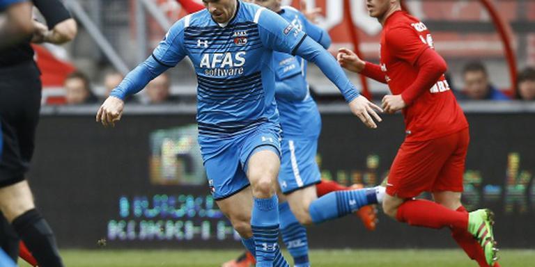 Janssen evenaart clubrecord AZ