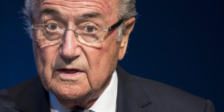 Blatter en Platini horen maandag hun lot