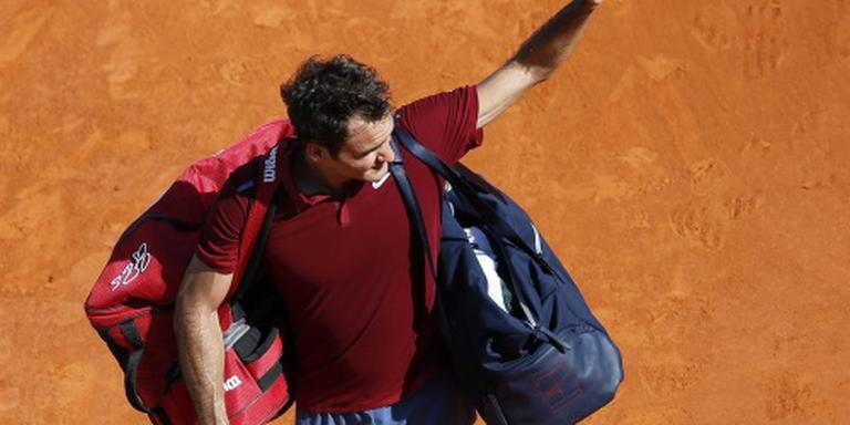 Federer strijkt toch in Madrid neer