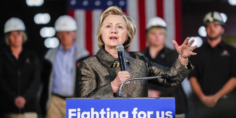 Medewerkers Clinton gehoord door FBI