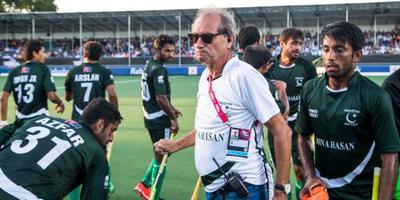 Oltmans stopt als bondscoach Pakistan