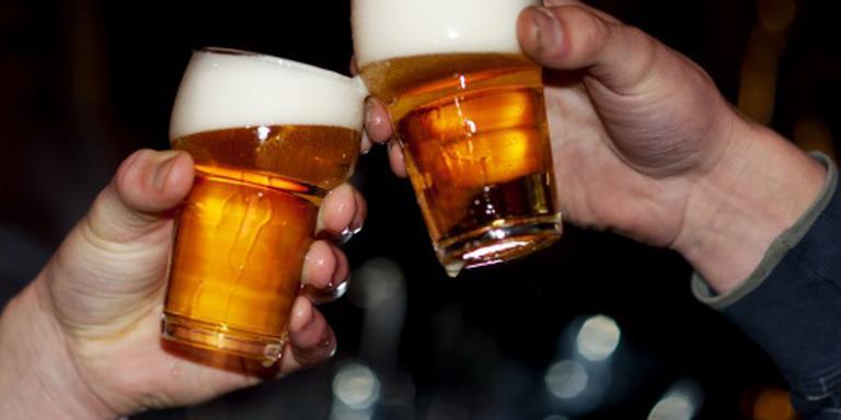 Jongeren onder de achttien blijven drinken