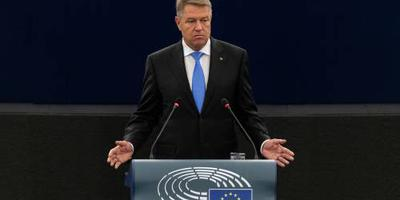Roemeense president vol in anticorruptiestrijd