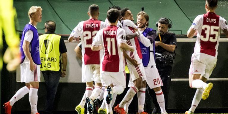 Ajax wint na valse start bij Panathinaikos