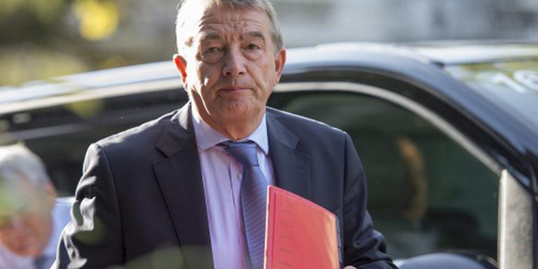 FIFA wil Niersbach voor twee jaar schorsen