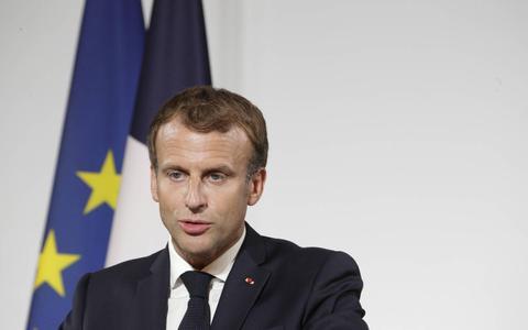 Vaccinatiebewijs Macron circuleert op sociale media