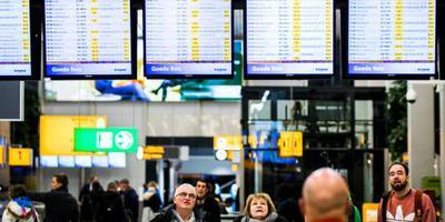 KLM schrapt honderd retourvluchten om storm