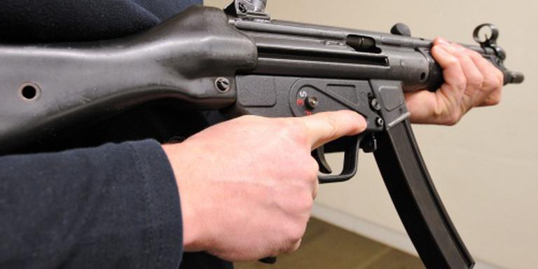 Vaker agenten met machinepistool op straat