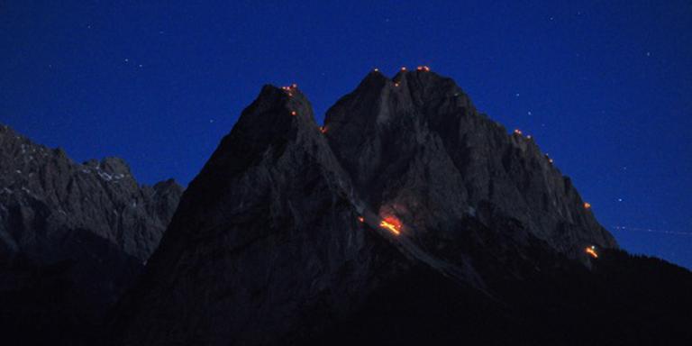 Man valt 150 meter van Zugspitze