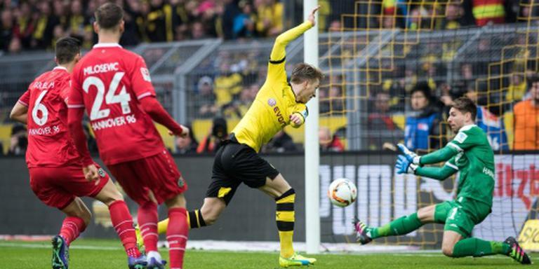 Dortmund boekt nipte zege op hekkensluiter