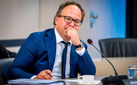 Minister Koolmees komt studenten tegemoet: ook bij kleinere bijbaan recht op coronasteun