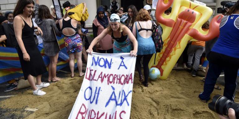 Franse premier blijft voor verbod boerkini