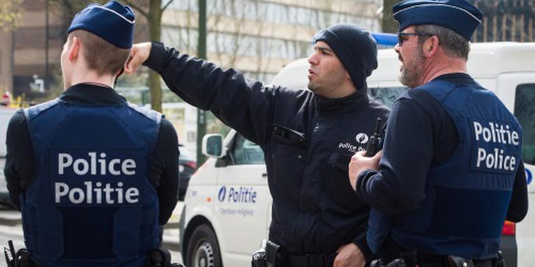 'Politie zoekt rugzakbom verdachte Brussel'